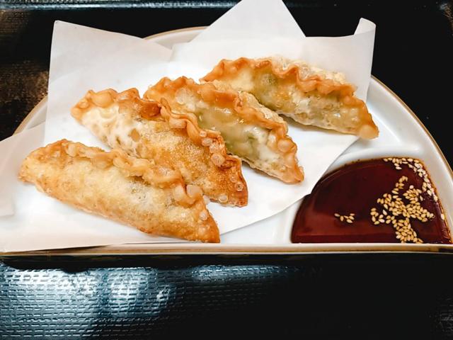 揚げジャンボ餃子